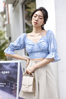 VALLIE V NECK SLEEVES TOP (BLUE FLORAL)