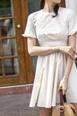 VERLA FRILL SLEEVES DRESS (IVORY)