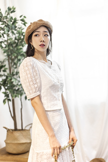 CARY BUTTON DOWN BLOUSE (EYELET)