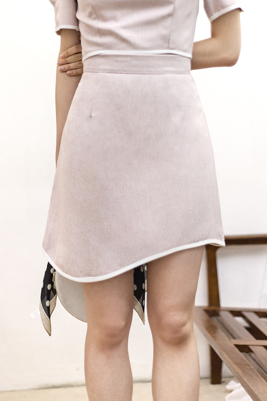 CLAUDINE ASYMMETRICAL CURVED SKIRT (BLUSH PINK)