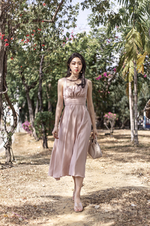 ANIELLA SIDE SLIT FLARE MIDAXI DRESS (NUDE)