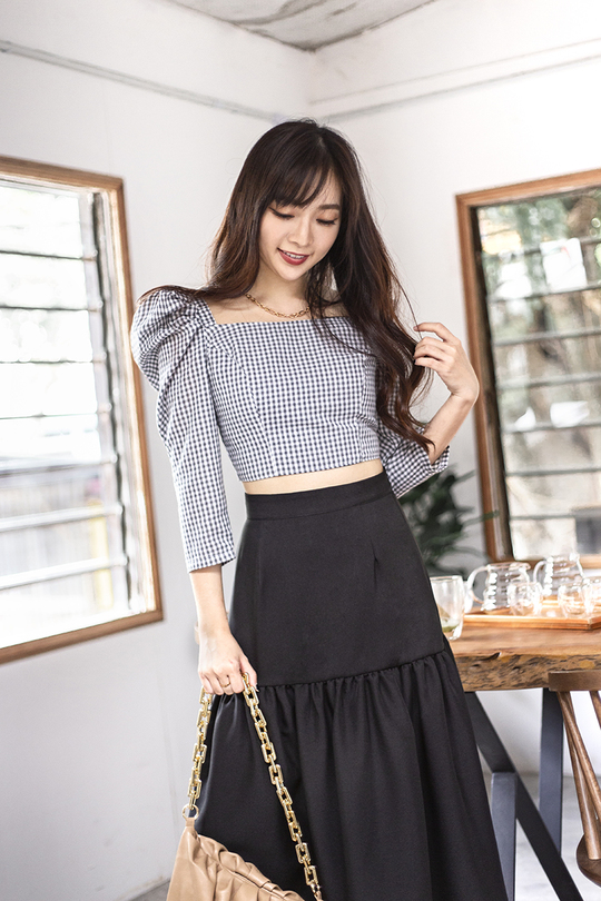LEXA MUTTON SLEEVES TOP (GREY GINGHAM)