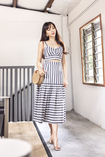 ELISE SWEETHEART CROP TOP (GREY STRIPES)