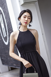 RIEKA HALTER NECK MINI DRESS (BLACK)