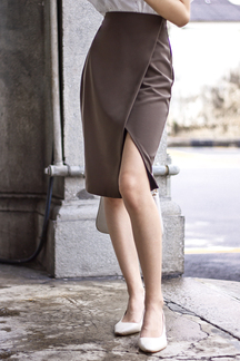 SVANA SLIT PENCIL SKIRT (OLIVE BROWN)
