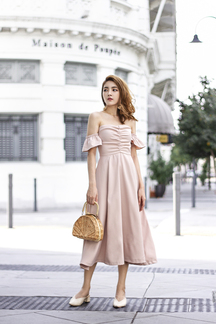 EVETTA OFF SHOULDER MIDI DRESS (NUDE)