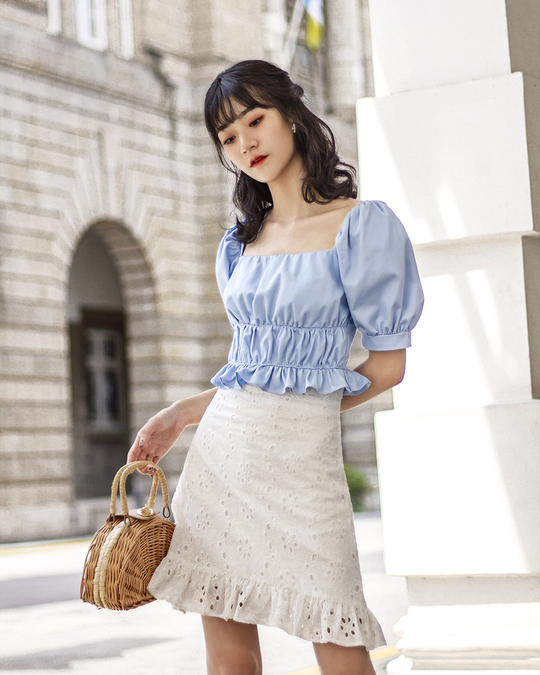 DELLA RUCHED SLEEVES TOP (BLUE)
