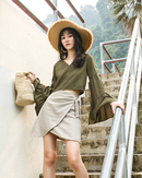 ILYSSE BELL SLEEVES TOP (OLIVE GREEN)